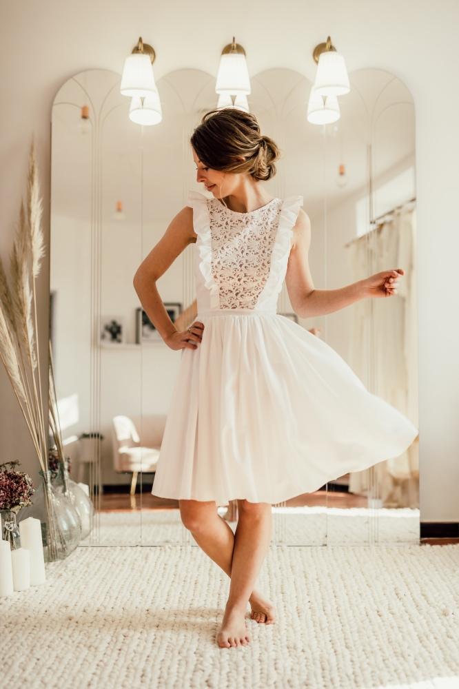 Collection civile : Robes de mariée courtes et citadines