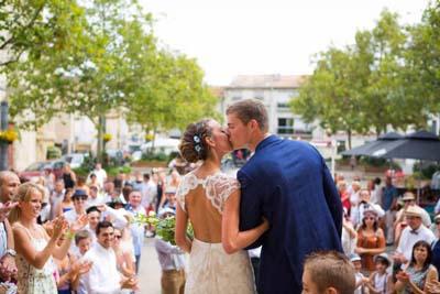 Robe de mariée avec dos nu en dentelles