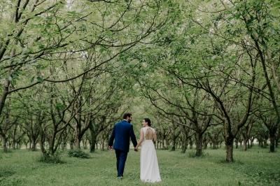 Robe de mariée élégante et épurée