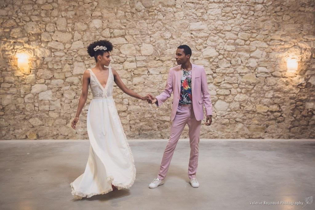Shooting d'inspiration : Avec des prestataires mariages du Languedoc Roussillon au domaine de la Grangette, organisé par Histoire d'Ange, photographié par Valérie Raynaud  sur les tendances des décorations de mariage